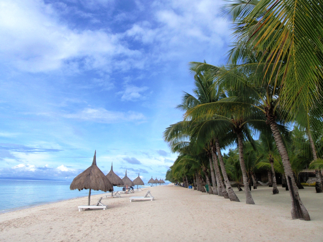Beautiful Panglao White Beach Island Bohol